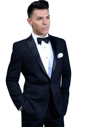 Black-Slim-Fit-Peak-Lapel-Tuxedo